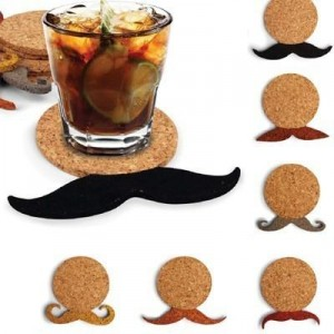 dessous de verre en liège avec supplément moustache pour les apéros