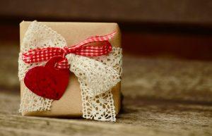 gift-1196288_960_720
